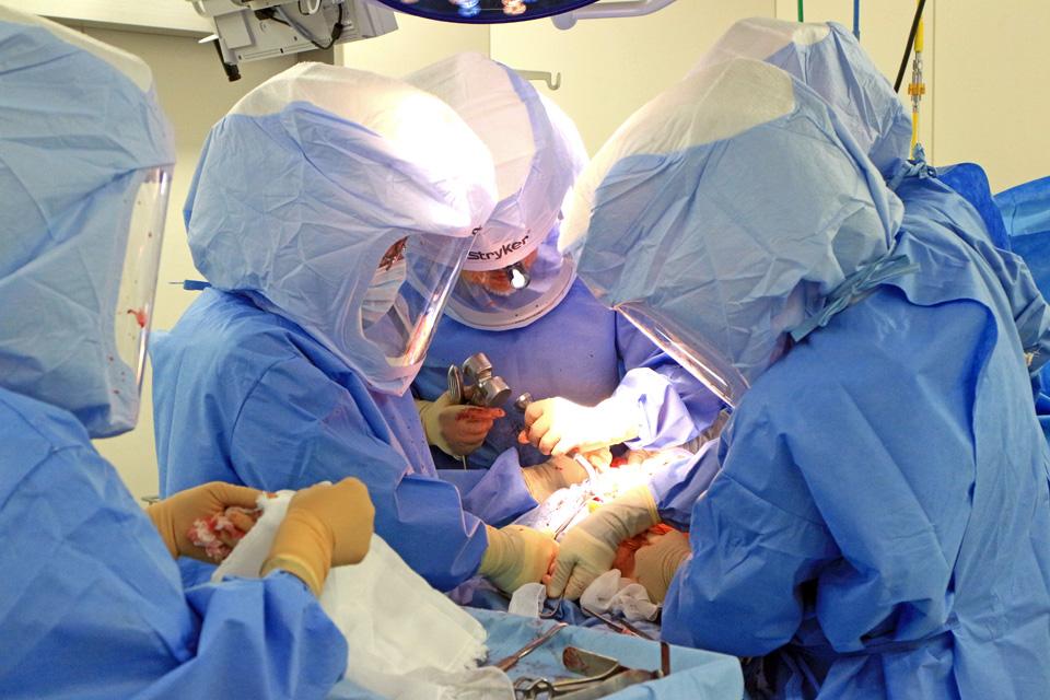 人工関節手術